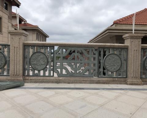 围栏长浮雕