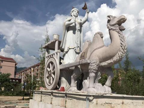 云南保山景观雕塑-骆驼